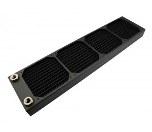 Radiator: XSPC AX480